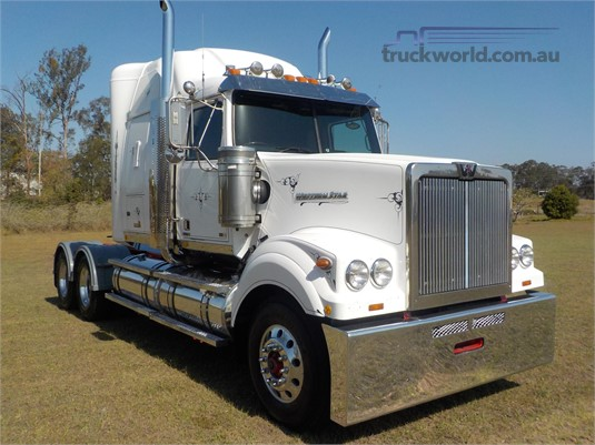 2014 Western Star 4964FXT - Trucks for Sale