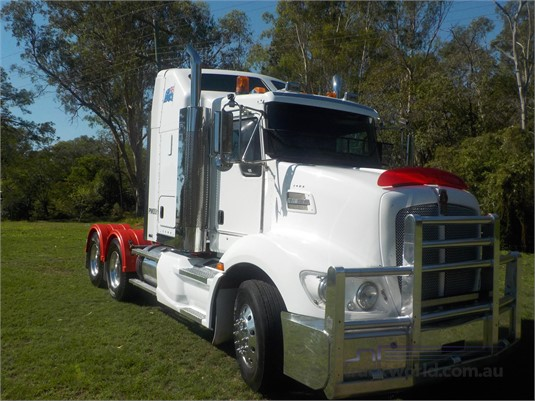 2012 Kenworth T403 - Trucks for Sale