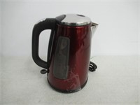 """""""Used"""" Oster 1.7 Electric Kettle - Red"""