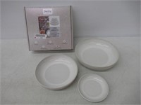 """""""As Is"""" Denby USA Natural Canvas Set of 4 Nesting"""