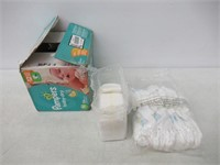 """As Is"" Pampers Diapers Size Newborn 4.5 kg, Baby"