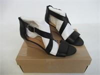 Lucky Brand Women's 7.5 Medium US Jenley Sandal,