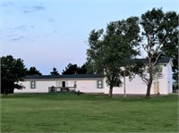 COUNTRY HOME ON 9.1 ACRES NEAR SOUTH HAVEN, KS