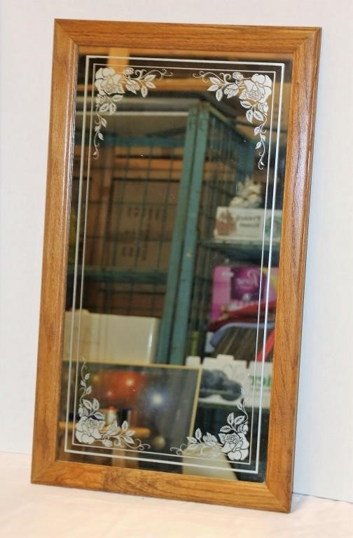 33 Etched Mirror In Wood Frame Big Al S Auction