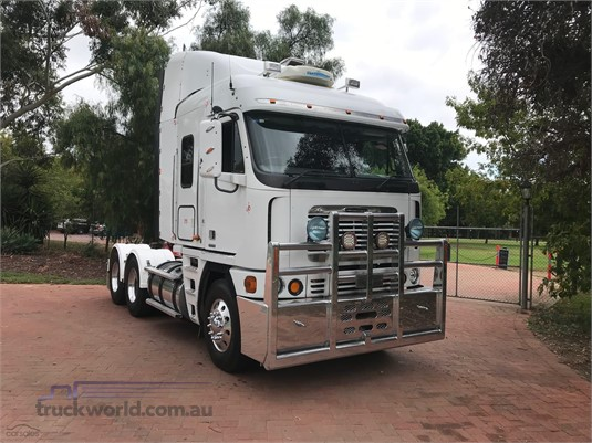 2005 Freightliner Argosy - Trucks for Sale