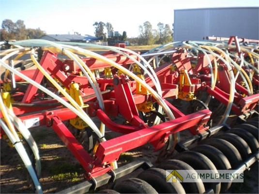 2013 Bourgault 5810 Ag Implements - Farm Machinery for Sale