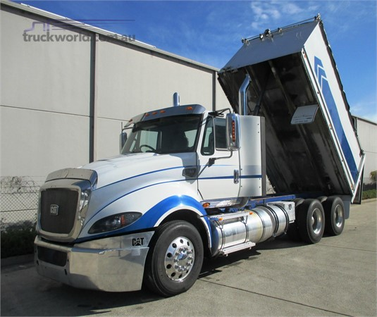 2014 Cat CT610 Trucks for Sale