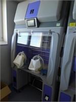 Isolating Glove Box (Loc: UK)