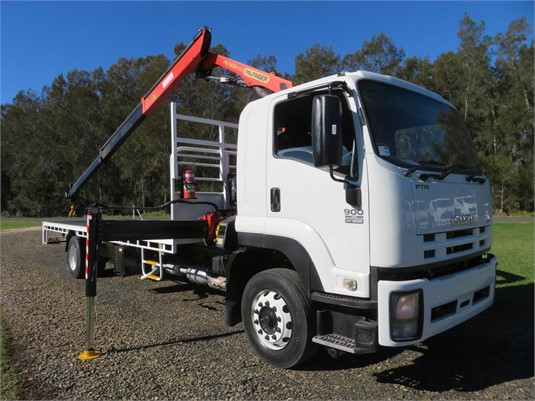 2009 Isuzu FTR 900 Long - Trucks for Sale