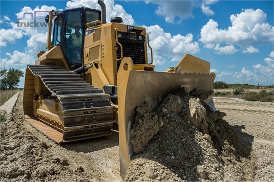 2015 Caterpillar D6N LGP Heavy Machinery for Sale