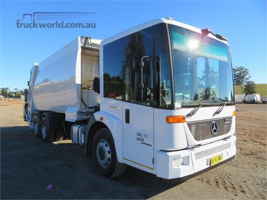 2013 Mercedes Benz Econic 2629 - Trucks for Sale