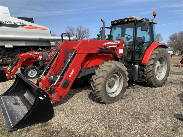 2011 MASSEY-FERGUSON 5465 For Sale In Dumont, Iowa