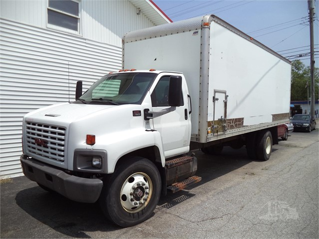 2003 GMC TOPKICK C7500 For Sale In Grand Rapids, Michigan
