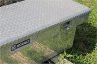 KOBALT DIAMOND PLATE TRUCK TOOLBOX