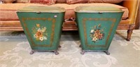 Pair of claw feet metal home decor with flowers