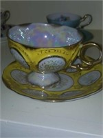 Out of 16 Beautiful Cups & Saucer Sets