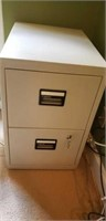 Sentry 2 drawer filing cabinet with keys