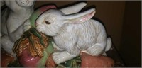 Very heavy bunny figurine home decor