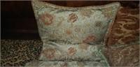 Estate lot of decorative throw pillows