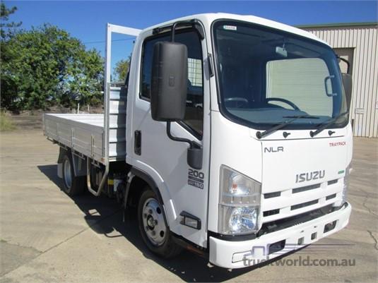 2015 Isuzu other Trucks for Sale