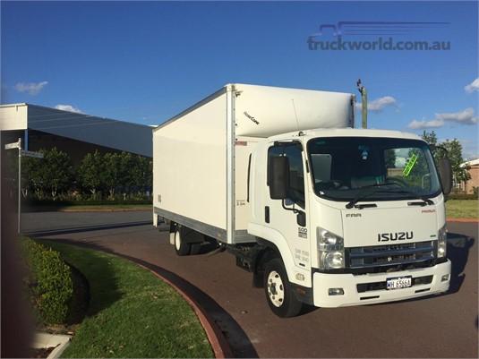 2012 Isuzu FRR 600 Trucks for Sale