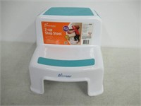 Dreambaby L685 2-Up Step Stool - Aqua & White