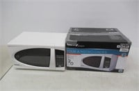 Danby DMW799W Microwave Oven