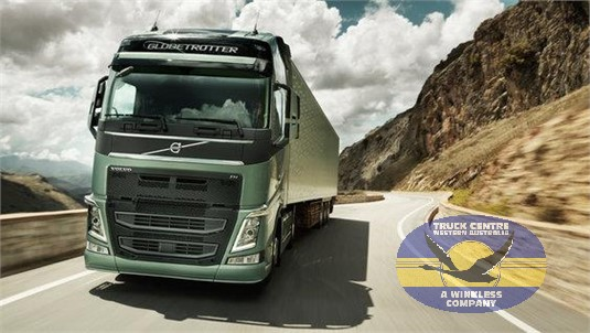 Volvo FH13HB 8x4 Tractor B-Ride