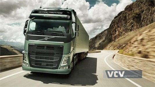 Volvo FH13HB 8x4 Tractor B-Ride