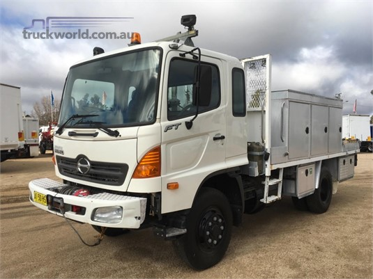 2007 Hino FT 4x4 Trucks for Sale