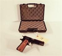 Colt MKIV semi auto pistol, plastic case