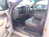 2013 Chevrolet 3500 Crew Cab Flatbed Truck