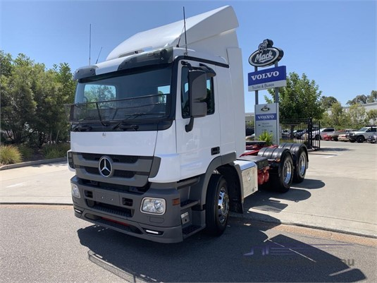 2013 Mercedes Benz Actros 2644 - Trucks for Sale