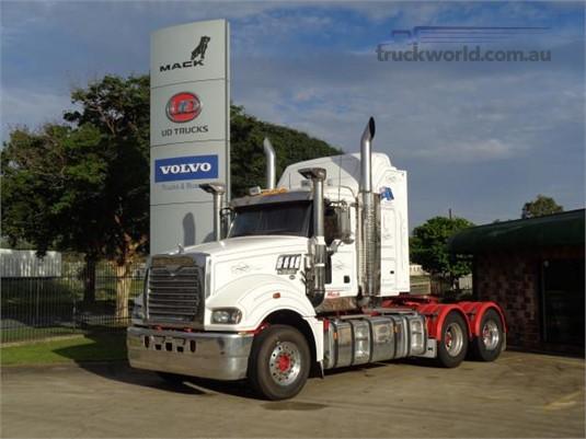 2013 Mack Super Liner Trucks for Sale