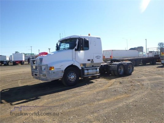 2000 Volvo other Trucks for Sale