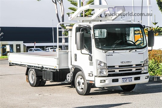 2015 Isuzu other WA Hino  - Trucks for Sale