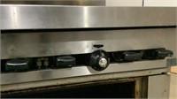 Sunfire Gas Oven and 6-Burner Range-