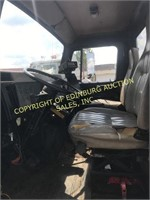 1995 INTERNATIONAL 4900 CAB & CHASSIS