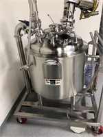 Stainless Steel Reactor (50 Gallon)