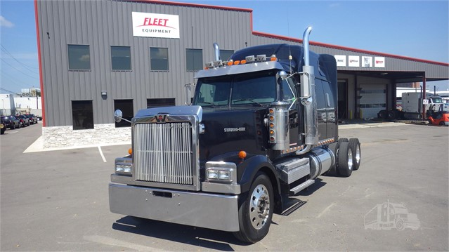 2005 WESTERN STAR 358 For Sale In Nashville, Tennessee