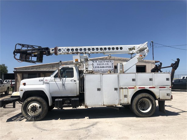 TELSTA Bucket Trucks / Service Trucks For Sale - 8 Listings