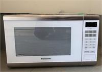 Panasonic 1400 Watt Microwave Oven