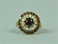 14K GARNET & DIAMOND ROUND CLUSTER RING