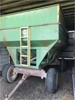 Harvest Equipment - Gravity Wagons  J&M 350 912418