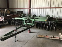 Tillage Equipment - Rippers  JOHN DEERE 1710 91242