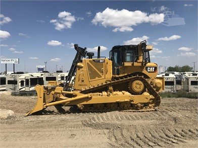 CATERPILLAR D8T For Sale In Canada - 28 Listings