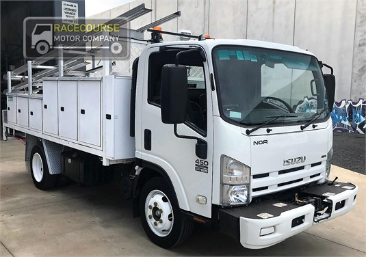 2010 Isuzu NQR 450 Racecourse Motor Company - Trucks for Sale