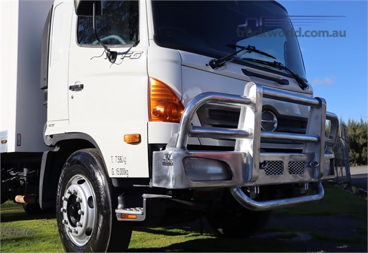 2003 Hino FG - Truckworld.com.au - Trucks for Sale