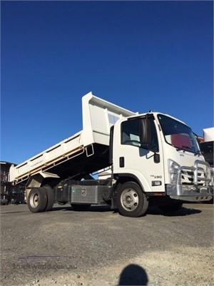 2016 Isuzu NPR 75 190 - Trucks for Sale