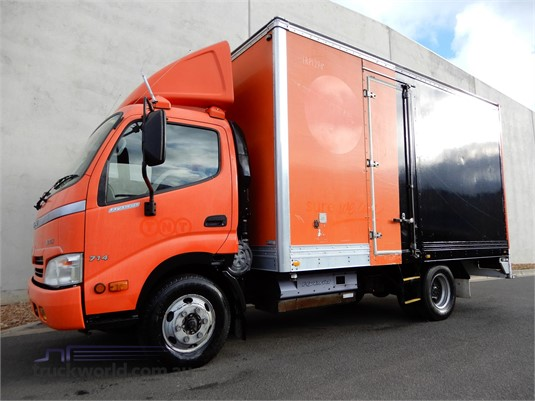 2007 Hino 300 714 - Trucks for Sale